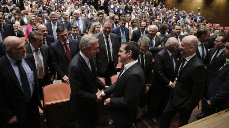 tsipras-blepoume-epitelous-oti-i-oikonomia-bgainei-se-ksefwto