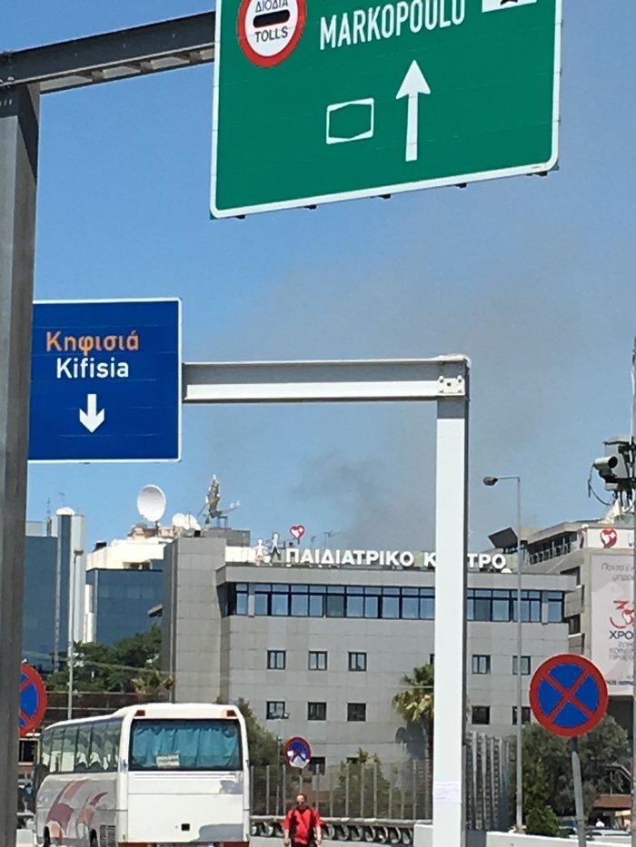 Μεγάλη φωτιά στο Άλσος Συγγρού - Στο σημείο ισχυρές πυροσβεστικές δυνάμεις - εικόνα 4