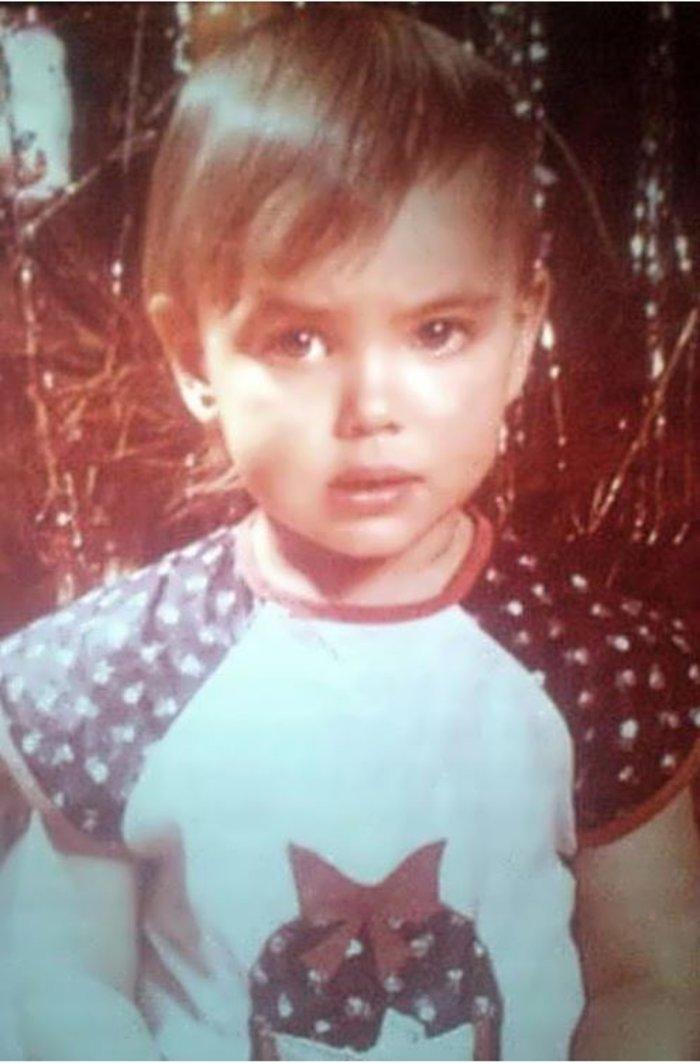 Ιρίνα Σάικ: Η ενός έτους κόρη της δεν μοιάζει καθόλου στη μαμά της [φωτο] - εικόνα 3