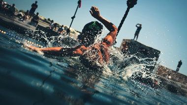 syros-triathlon-mia-alliwtiki-empeiria-sti-suro