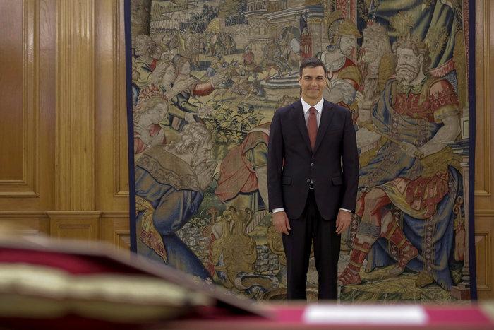 Γιατί ο γοητευτικός Σάντσεθ & η σύζυγός του θεωρούνται οι «Ισπανοί Ομπάμα»