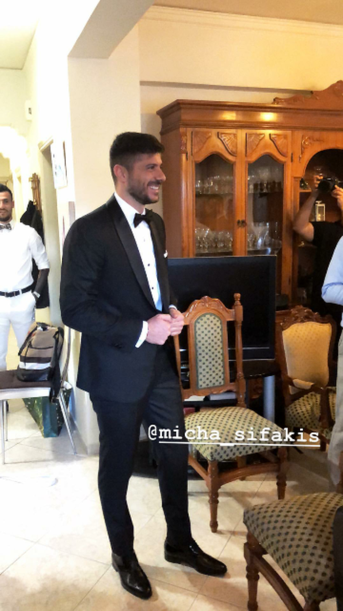 Ο λαμπερός κρητικός γάμος του ποδοσφαιριστή Μιχάλη Σηφάκη [Εικόνες] - εικόνα 6