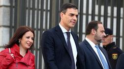 Ισπανία: Ο Σάντσεθ δεν θα συμπεριλάβει μέλη των Podemos στην κυβέρνηση