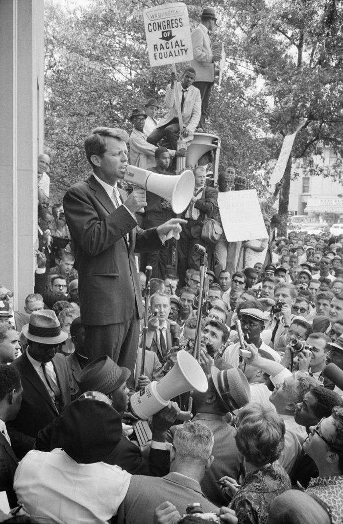 Σαν σήμερα: 50 χρόνια από τη δολοφονία του Ρόμπερτ Κένεντι - εικόνα 4