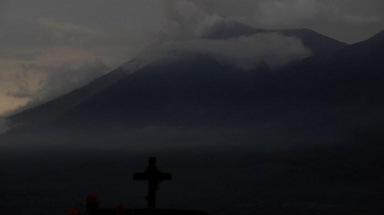 stous-73-oi-nekroi-sti-gouatemala-apo-tin-ekriksi-ifaisteiou-binteo