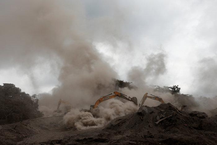 Γουατεμάλα: Στους 99 νεκρούς ο νέος απολογισμός των θυμάτων του ηφαιστείου