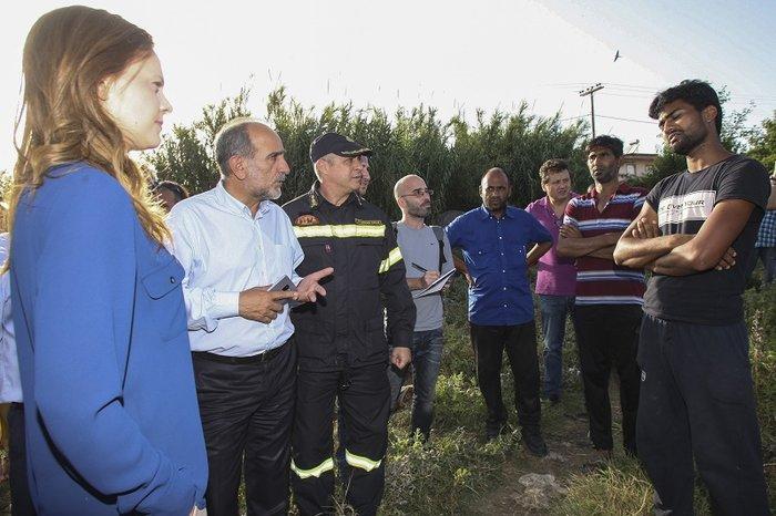 Έρευνες για την πυρκαγιά στη «φαβέλα» της Νέας Μανωλάδας - εικόνα 2