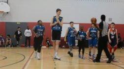12χρονος Kαναδός με ύψος 2.13μ. τρελαίνει τον μπασκετόκοσμο -βίντεο