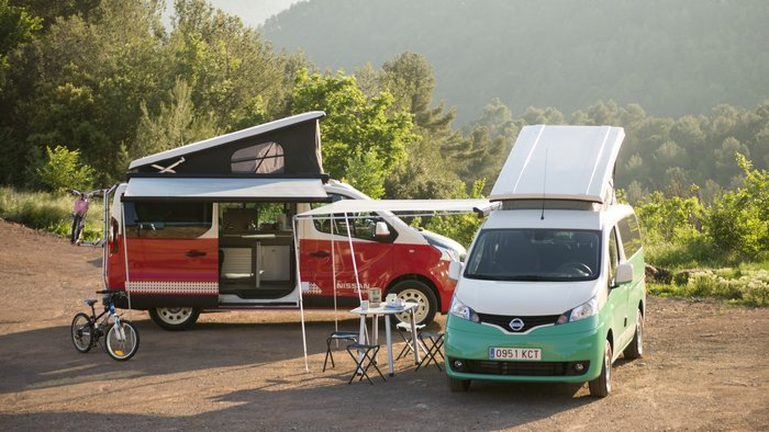 Το δίλημμα του καλοκαιριού! Room to Let ή Nissan Camper Van;