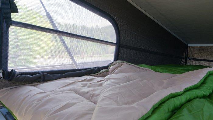 Ο ...πάνω όροφος του NV300 που κοιμίζει 4 άτομα