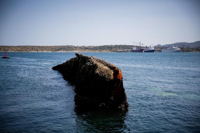 Έως αύριο θα έχει ολοκληρωθεί η ανέλκυση του «Corfu Island» - Eικόνες - εικόνα 3