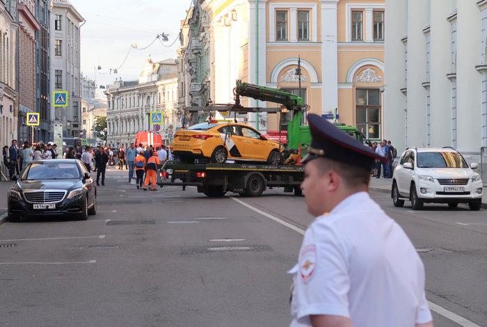 Ταξί έπεσε σε πεζούς στη Μόσχα - Επτά τραυματίες (φωτό) - εικόνα 2