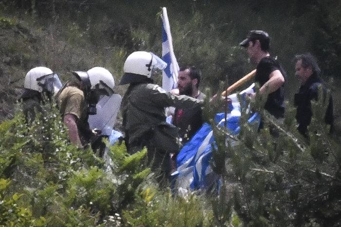 Επεισοδιακό συλλαλητήριο στο Πισοδέρι κατά της συμφωνίας - εικόνα 7