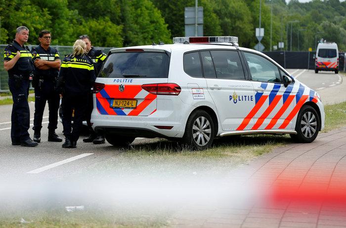 Λεωφορείο έπεσε πάνω σε ανθρώπους σε συναυλία στην Ολλανδία - Ένας νεκρός