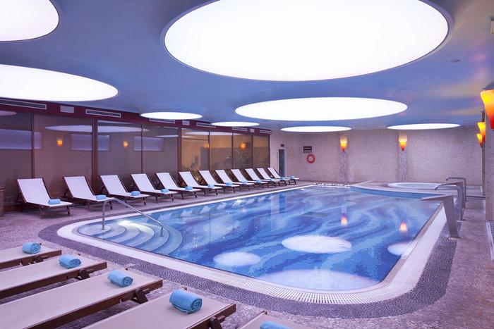 Το Spa στο Ramada Attica Riviera