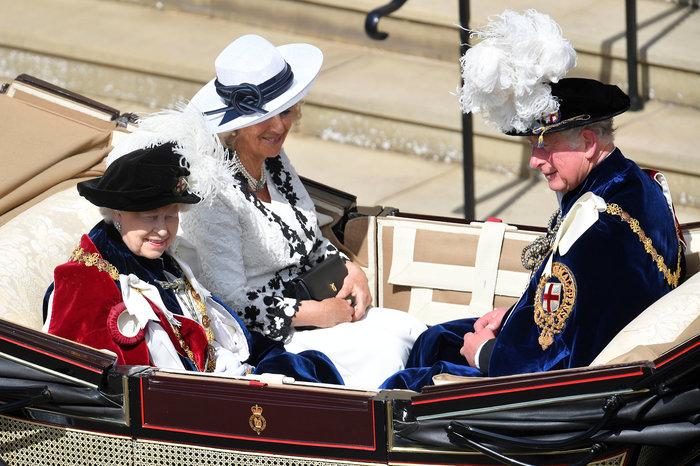 Η βασίλισσα Ελισάβετ γιόρτασε τα 700 χρόνια του Τάγματος της Περικνημίδας - εικόνα 4