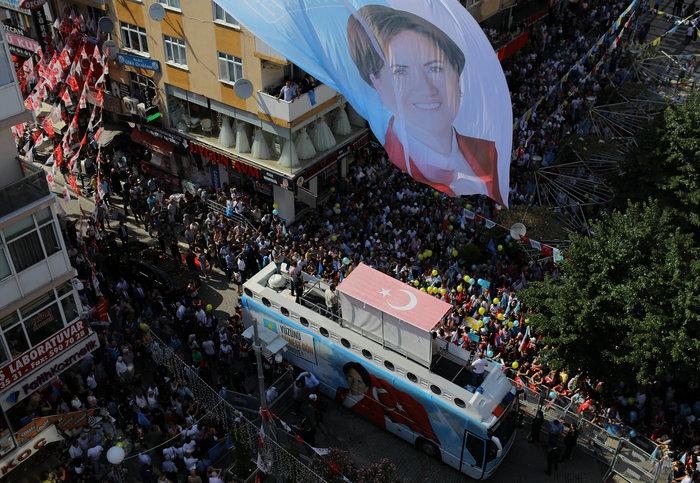 Ακσενέρ: Μπορεί να κοστίσει στον Ερντογάν την κοινοβουλευτική πλειοψηφία