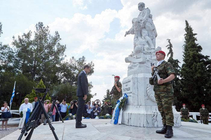 Μητσοτάκης: Εκχώρησαν μακεδονική εθνότητα και γλώσσα - εικόνα 2
