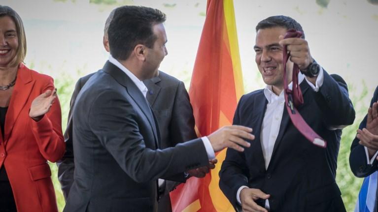 telika-tha-balei-i-oxi-grabata-o-tsipras