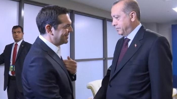 Τελικά θα βάλει η όχι γραβάτα ο Τσιπρας; - εικόνα 3