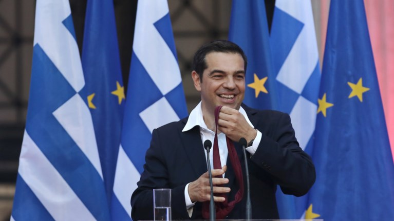 o-tsipras-forese-ti-grabata-toso-oso---eikones