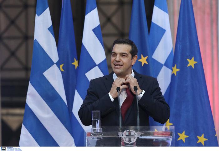 Ο Τσίπρας φόρεσε τη γραβάτα τόσο... όσο - ΕΙΚΟΝΕΣ - εικόνα 2