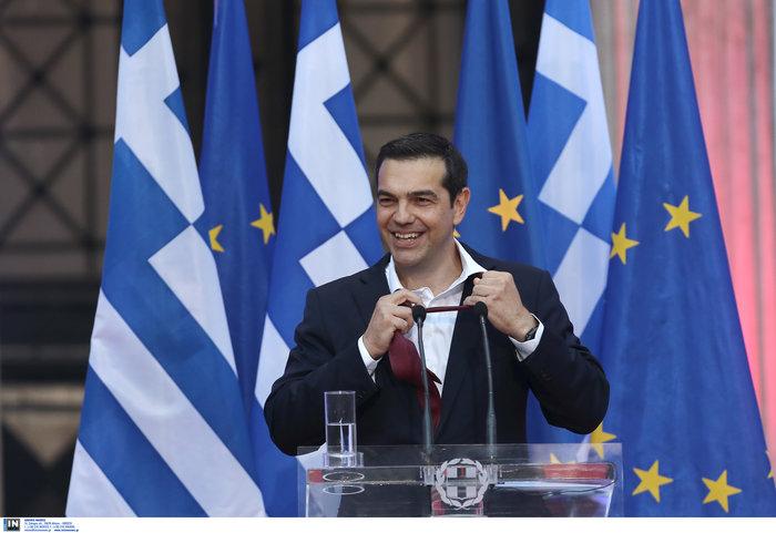 Ο Τσίπρας φόρεσε τη γραβάτα τόσο... όσο - ΕΙΚΟΝΕΣ - εικόνα 3