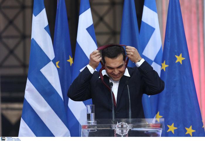 Ο Τσίπρας φόρεσε τη γραβάτα τόσο... όσο - ΕΙΚΟΝΕΣ - εικόνα 4