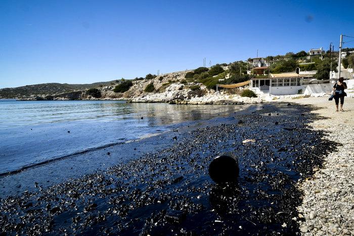 Πόσο καθαρές είναι οι παραλίες του Σαρωνικού μετά το Αγ. Ζώνη;