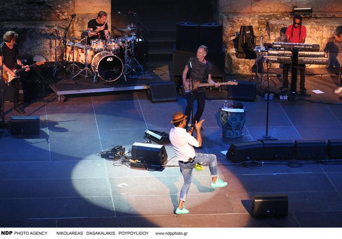 To απολαυστικό σόου του Στινγκ μάγεψε τους θεατές στο Ηρώδειο - εικόνα 2