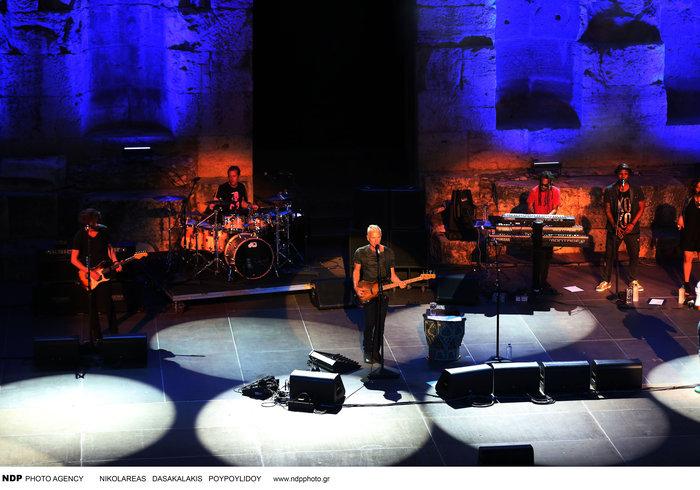 To απολαυστικό σόου του Στινγκ μάγεψε τους θεατές στο Ηρώδειο - εικόνα 9