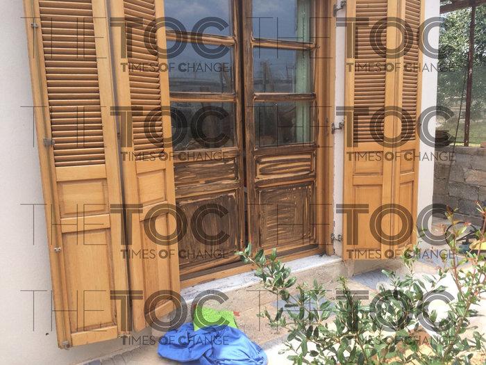 Σε αυτό το σπίτι στο Κορωπί κρυβόταν ο δραπέτης της Αργυρούπολης- εικόνες