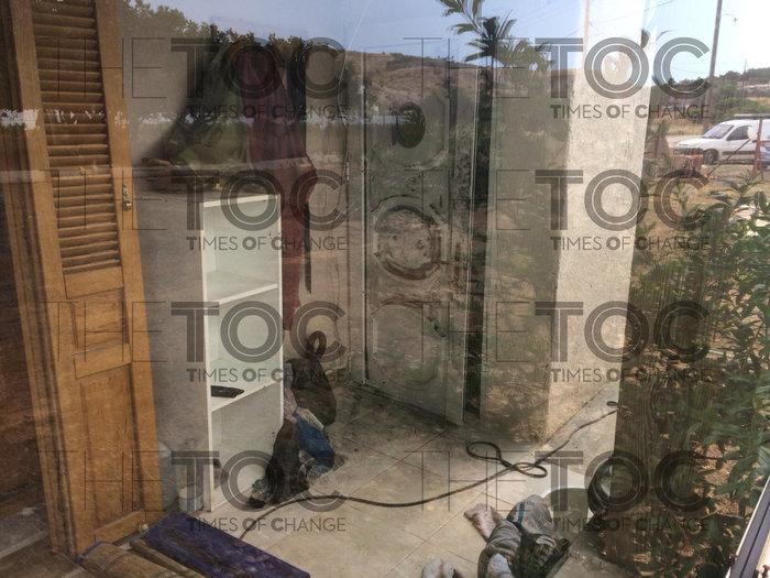 Σε αυτό το σπίτι στο Κορωπί κρυβόταν ο δραπέτης της Αργυρούπολης- εικόνες - εικόνα 3
