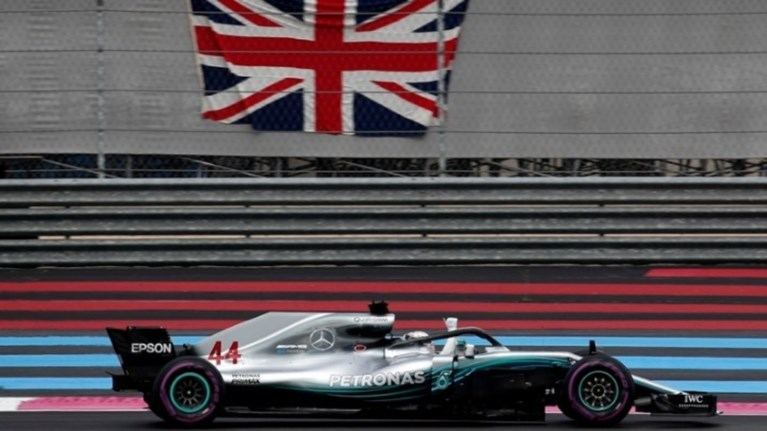 Ο Χάμιλτον στην pole position