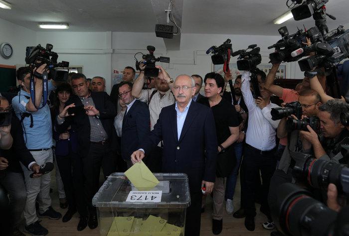 Ταγίπ Ερντογάν: Θα ζήσουμε μια δημοκρατική επανάσταση στην Τουρκία - εικόνα 2