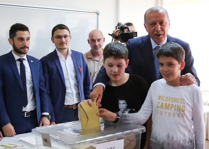 Τουρκικές εκλογές: Στο 54 % ο Ερντογάν, στο 29,9% ο Ιντζέ - εικόνα 8