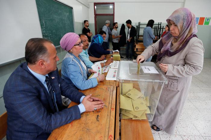 Τουρκικές εκλογές: Στο 54 % ο Ερντογάν, στο 29,9% ο Ιντζέ - εικόνα 13