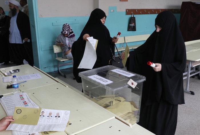 Τουρκικές εκλογές: Στο 54 % ο Ερντογάν, στο 29,9% ο Ιντζέ - εικόνα 16