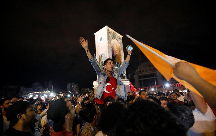 Παντοδύναμος ο Ερντογάν,  νίκη από τον α' γύρο στις προεδρικές - εικόνα 7