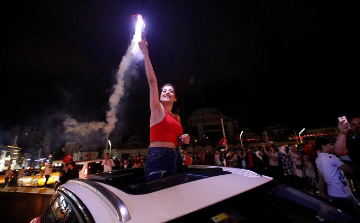 Κυρίαρχος ο Ερντογάν - Νοθεία καταγγέλλει η αντιπολίτευση - εικόνα 4