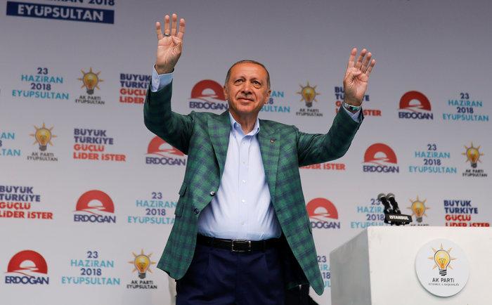 Πέντε πρώτα συμπεράσματα μετά τη νίκη Ερντογάν στις κάλπες