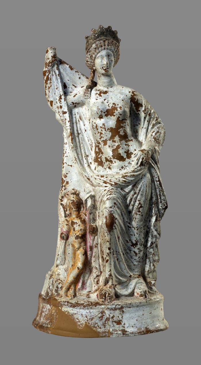Πήλινο αγαλμάτιο της θεάς Αφροδίτης (Ύστερος 2ος/1ος αι. π.Χ.), © ΕΑΜ/ΤΑΠ. Φωτ. Σ. Μαυρομμάτης.