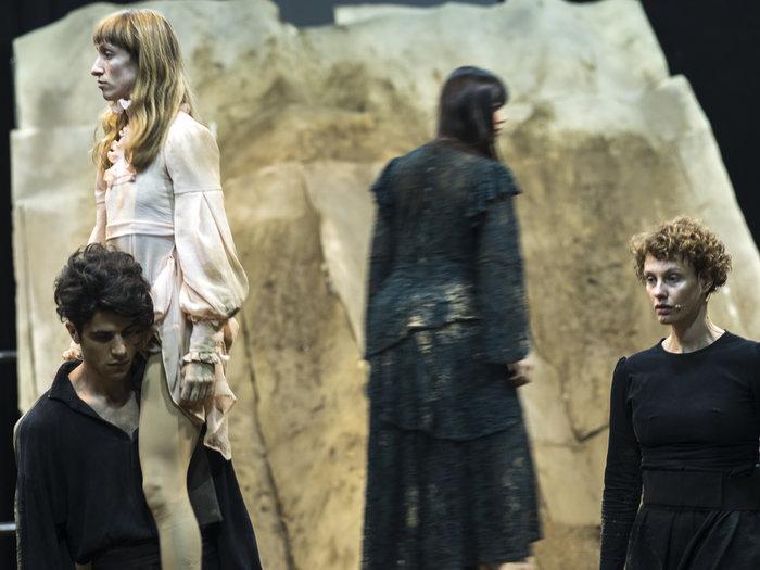 Ο Δον Κιχώτης και ο κόσμος του στο Δημοτικό Θέατρο Πειραιά