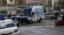 Πρώην πολιτευτές σε κύκλωμα παράνομων ελληνοποιήσεων