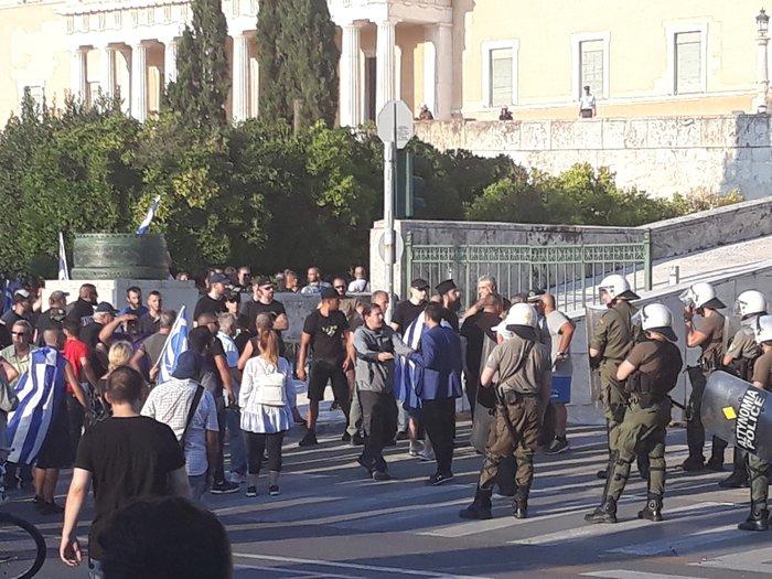 Επεισόδια σε Αθήνα και Θεσσαλονίκη για το «Μακεδονικό»-Βίντεο - εικόνα 3