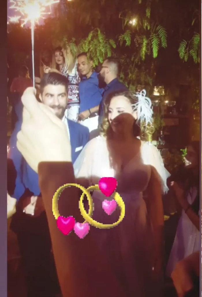 Οι πρώτες εικόνες από τον ρομαντικό γάμο της Κλέλιας Πανταζή - εικόνα 5
