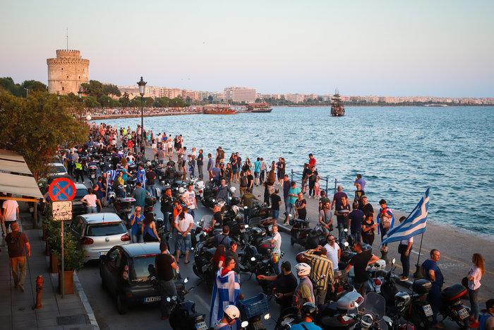 Μηχανοκίνητη πορεία για το Μακεδονικό στη Θεσσαλονίκη - Εικόνες - εικόνα 4