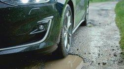 Το νέο Ford Focus «βλέπει» τις λακκούβες και αντιδρά!