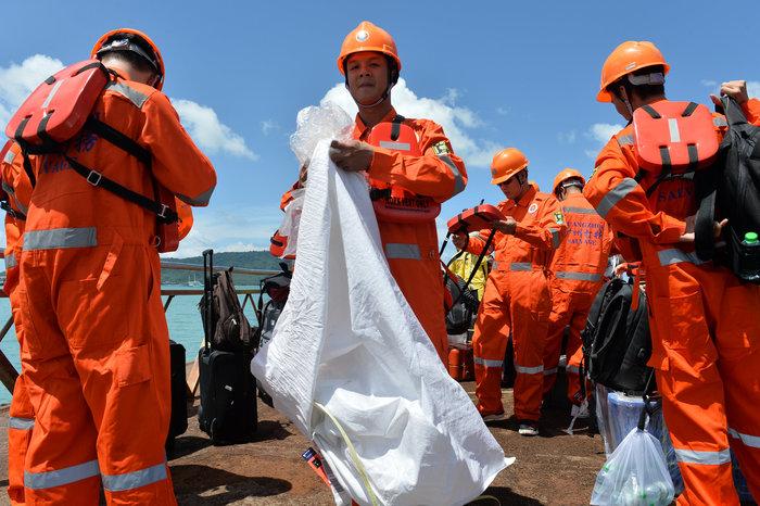 Στους 41 οι νεκροί από τη βύθιση πλοιαρίου στην Ταϊλάνδη - εικόνα 2