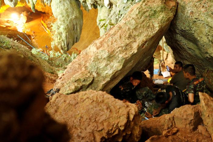 Ενα-ένα θα βγάζουν τα παιδιά από το σπήλαιο στηνΤαϊλάνδη - εικόνα 6